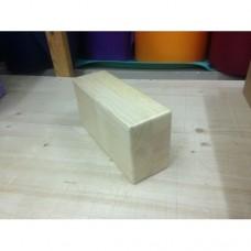 Кирпич для йоги деревянный лакированный